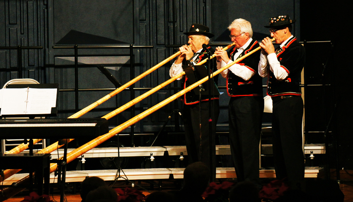 "Great Alphorn performance by John Thomas,  Ernie Kneubühler &amp; Franz Stadelmann</span><span style=""color: #000000;\""><span style=\""font-family: arial,helvetica,sans-serif; font-size: 10pt;\"">"