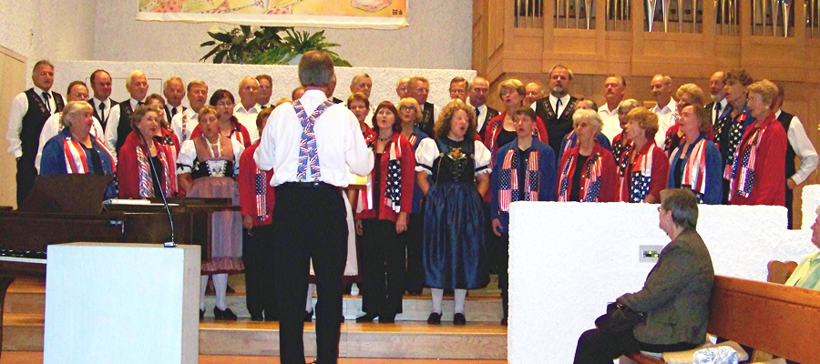 Joint Singing by Swiss Harmonie and Jodelchörli Berneck