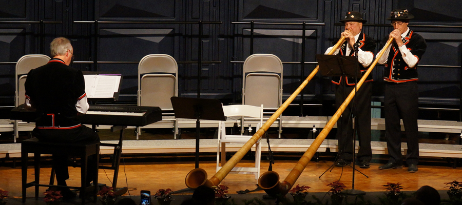 "Concert Opening Alphorn Performance by Ernie Kneubühler & Franz Stadelmann</span><span style=""color: #000000;\""><span style=\""font-family: arial, helvetica, sans-serif; font-size: 10pt;\"">"